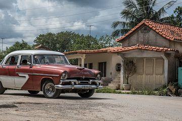 Oldtimer in Vinales Cuba sur Celina Dorrestein