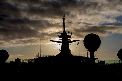 Navigator of the Seas bij zonsondergang