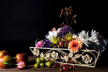 Bloemen en fruit