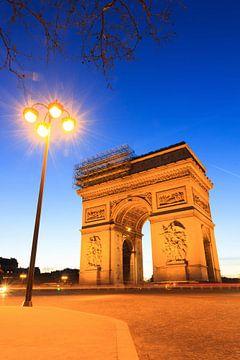 Arc de Triomphe avec lanterne verticale sur Dennis van de Water