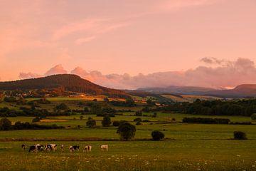 Sonnenuntergang in der Auvergne von E Blaas