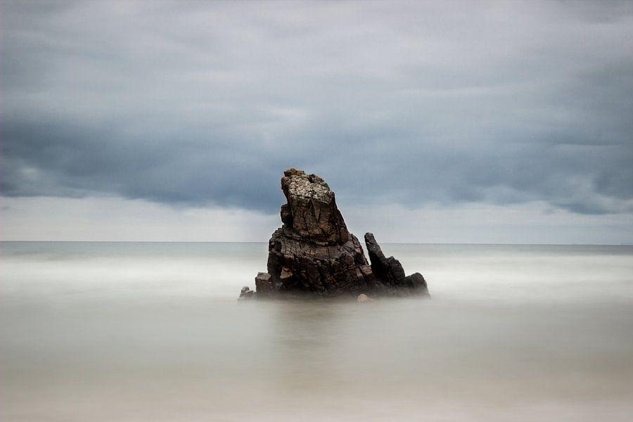 Rock in between seas II