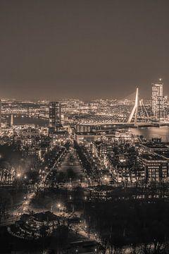 Rotterdam in de avond (sepia2) van John Ouwens