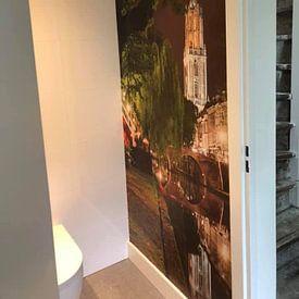Klantfoto: Utrecht Oudegracht: Domtoren vanaf Oudegracht-Tolsteegzijde van Martien Janssen, als naadloos behang