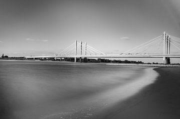 Weiches Wasser am Strand von Marian Roest