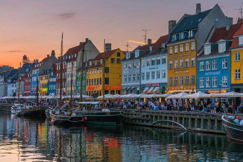 Nyhavn, Kopenhagen, Denemarken van Henk Meijer Photography
