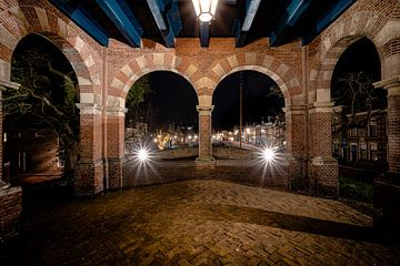 Uitzicht vanaf de waterpoort in Sneek van Fotografiecor .nl