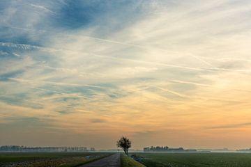 Sonnenuntergang in Groningen von Bo Scheeringa