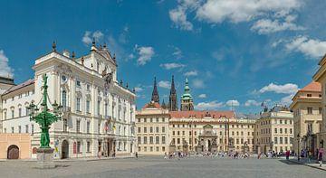 Hradczański plein, aartsbisschoppelijk paleis, Matthias poort, Prag Praha, , Tsjechië, van Rene van der Meer