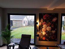 Klantfoto: Stilleven met bloemen in een glazen vaas van Hollandse Meesters