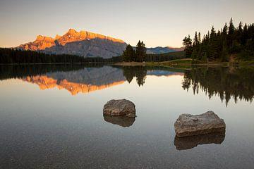 zonsopkomst Two Jack lake van Antwan Janssen