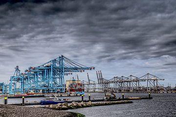 Manutention de conteneurs à Rotterdam sur Robert Jan Smit