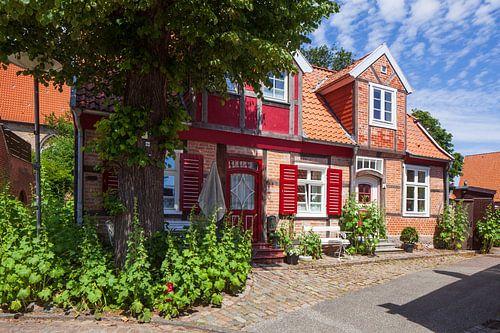 Altstadt mit Fachwerkhaus, Luebeck-Travemuende, Schleswig-Holstein, Deutschland, Europa