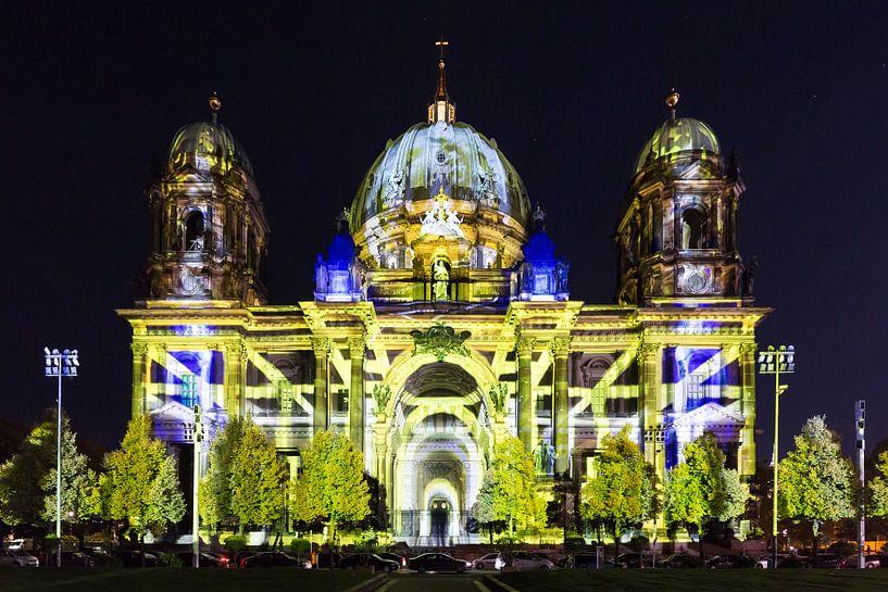 La cathédrale de Berlin en illumination spéciale sur Frank Herrmann