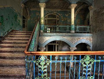 De trap naar boven van Arthur van Orden