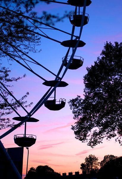 Ferriswheel van Elspeth Jong