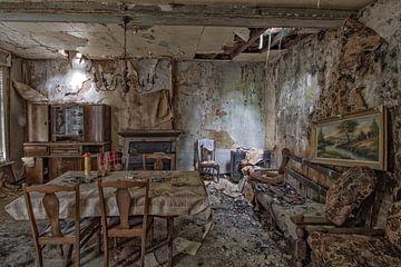 Un salon abandonné sur Mike Peek
