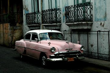 Oldtimer in Kuba von Jurien Minke