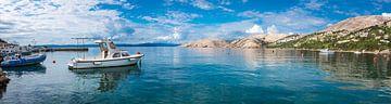 Hafen von Baška auf der Insel Krk, Kroatien von Rietje Bulthuis