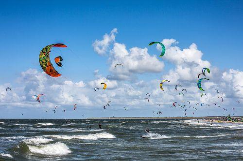 Kitesurfers van