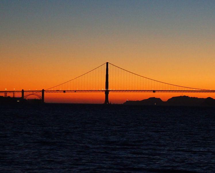 Golden Gate Sunset van Michiel Heuveling