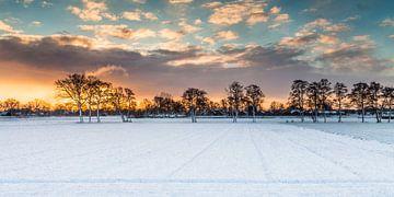 Gouden randje aan de winter 2 van Jaap Meijer