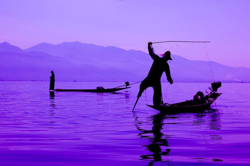 Vissers op Inle Lake Myanmar van Wijnand Plekker