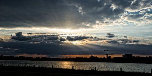 zonsondergang linkeroever van