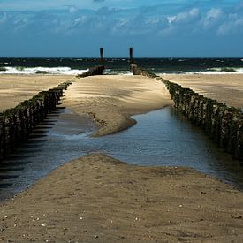 Strand bij Burgh-Haamstede van Leo Langen