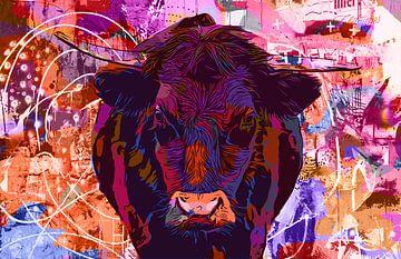 Bul-ly Cow II - schwarze Kuh mit Hörnern auf der Wiese von The Art Kroep