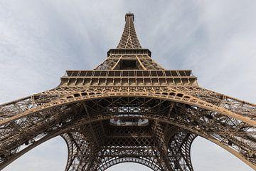 La tour Eiffel à Paris sur MS Fotografie | Marc van der Stelt