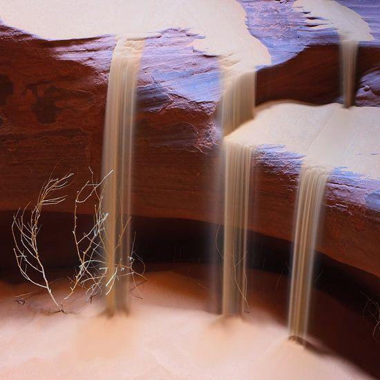 Sandfalls in Upper Antelope Canyon van Henk Meijer Photography