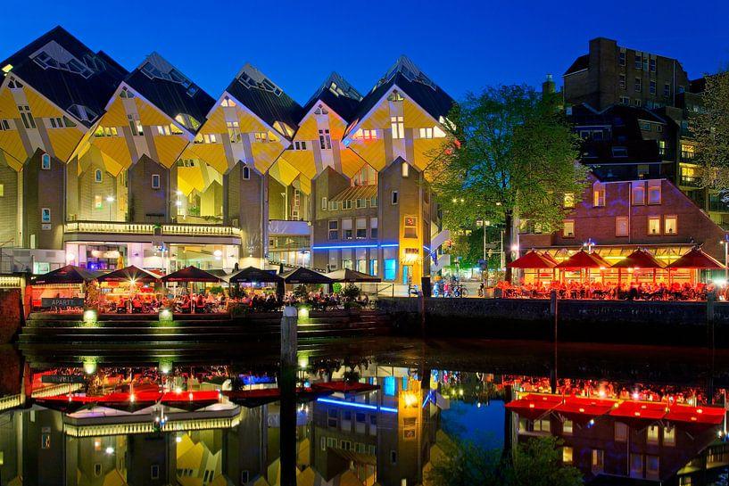 Kubus woningen aan de Oude Haven te Rotterdam van Anton de Zeeuw