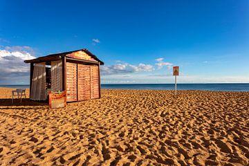 Huisje aan het strand van Jürgen Wiesler