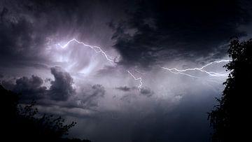 """""""Gewitter aus meinem Dachzimmer von Luuk Van Der Naalt"""
