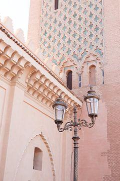 Rosa Details der Kasbah-Moschee in Hartje Marrakesch | Reisefotografie von Henrike Schenk