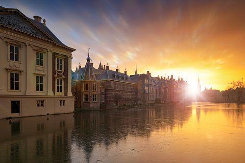 zonsondergang achter de Haagse Hofvijver van gaps photography