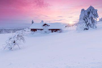 Sunset in Snwobound Norwegian Village sur
