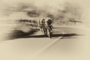 Monochromer Fahrrad-Zug von Studio Koers