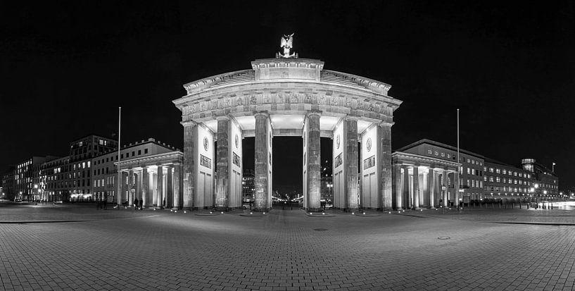 BErlin Brandenburger Tor schwarzweiss von Frank Herrmann