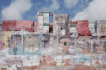Ancien mur coloré à La Havane, Cuba sur Tjeerd Kruse
