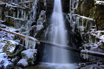 Dwergbeekwatervallen van Patrick Lohmüller