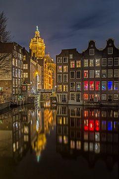 Nachtelijk Amsterdam van Arnoud van de Weerd