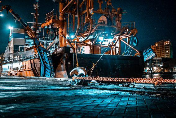 Schip in de haven van Scheveningen