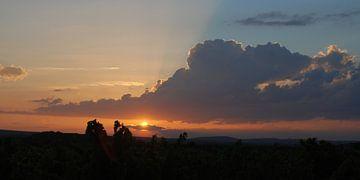 Ein sonnenuntergang in Frankreich von Nel Wierenga