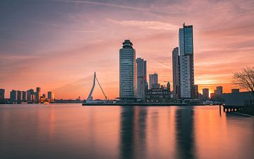 Rotterdam Sunrise van Maikel Claassen Fotografie
