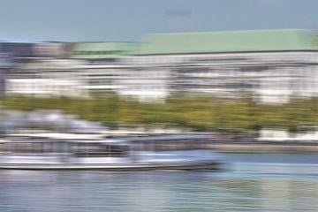 Steamboat on river Alster van Marc Heiligenstein