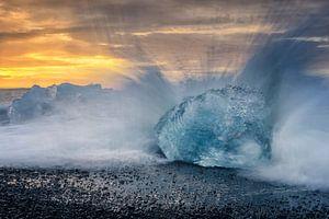 IJsberg in de golven