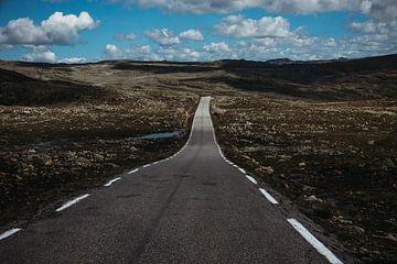 eindeloze weg in de bergen van Meral Soydas