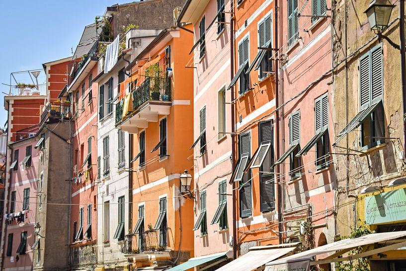 Kleurrijk Vernazza, Cinque Terre van Kramers Photo